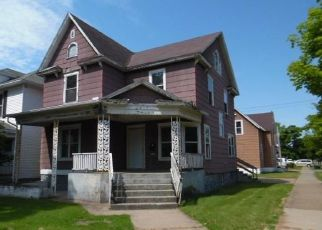 Foreclosed Home in Escanaba 49829 S 13TH ST - Property ID: 4499515953