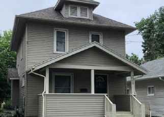 Foreclosed Home in Lansing 48910 ISBELL ST - Property ID: 4499523834