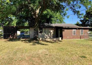 Foreclosed Home in Comanche 73529 S 9TH ST - Property ID: 4499701192