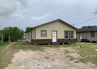 Foreclosed Home in Weslaco 78596 FRESNO DR - Property ID: 4499790102