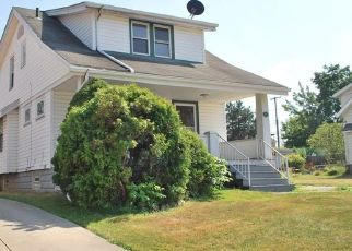 Foreclosed Home in Cleveland 44129 WOLF AVE - Property ID: 4499823397
