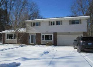 Foreclosed Home in Saginaw 48609 THUNDERBIRD DR - Property ID: 4499859759