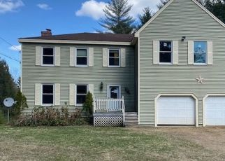 Foreclosed Home in Lebanon 04027 LOWER MIDDLE RD - Property ID: 4499873771