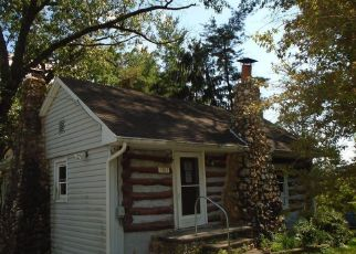 Foreclosed Home in Frederick 21702 WHISPERING PINES LN - Property ID: 4499977116