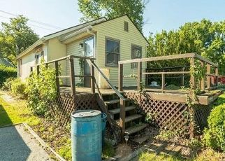 Foreclosed Home in Middle River 21220 SUSQUEHANNA AVE - Property ID: 4500025299