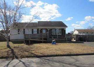 Foreclosed Home in Chicopee 01013 WILLWOOD ST - Property ID: 4500040189