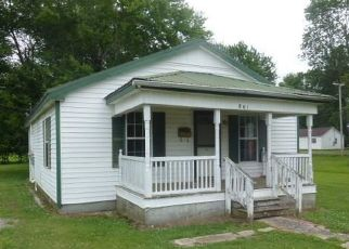 Foreclosed Home in South Fulton 38257 FORESTDALE AVE - Property ID: 4500065152