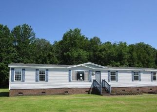 Foreclosed Home in Elizabeth City 27909 MADELINE LN - Property ID: 4500156700