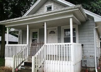 Foreclosed Home in Lansing 48906 KNOLLWOOD AVE - Property ID: 4500204434