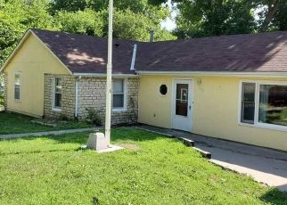 Foreclosed Home in Junction City 66441 S WEBSTER ST - Property ID: 4500226330