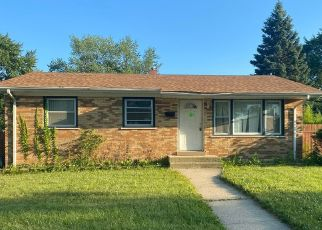 Foreclosed Home in Chicago Heights 60411 W 17TH ST - Property ID: 4500234660