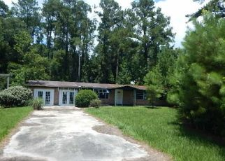 Foreclosed Home in Middleburg 32068 OLIN BAXLEY RD - Property ID: 4500261368
