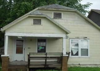 Foreclosed Home in Kansas City 66106 S 29TH ST - Property ID: 4500398457