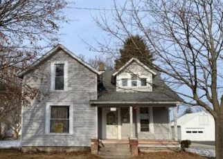 Foreclosed Home in Decatur 46733 JACKSON ST - Property ID: 4500404592