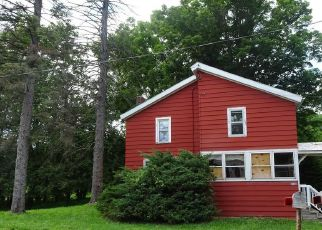 Foreclosed Home in Canastota 13032 CLOCKVILLE RD - Property ID: 4500426488