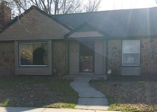 Foreclosed Home in Detroit 48219 SHAFTSBURY AVE - Property ID: 4500447964