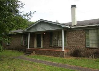 Foreclosed Home in Mobile 36605 GILL RD - Property ID: 4500512776