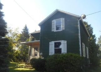 Foreclosed Home in Erie 16510 STATION RD - Property ID: 4500612183