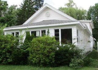 Foreclosed Home in Cohoes 12047 LIGHTHALL AVE - Property ID: 4500632779
