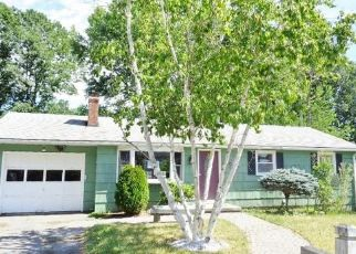 Foreclosed Home in Torrington 06790 LYMAN DR - Property ID: 4500635399