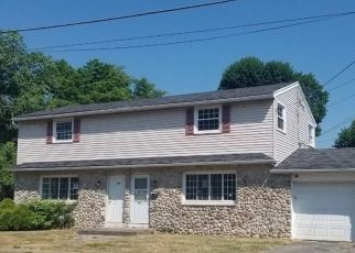 Foreclosed Home in East Rochester 14445 GARFIELD AVE - Property ID: 4500691913