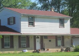 Foreclosed Home in Waukesha 53188 ARCHERY DR - Property ID: 4500696725