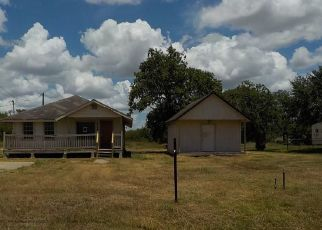 Foreclosed Home in Victoria 77901 HANSELMAN RD - Property ID: 4500714685