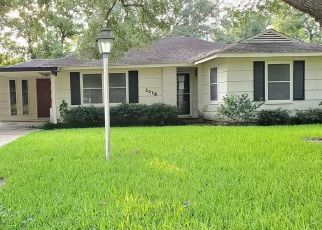 Foreclosed Home in Rosenberg 77471 MILLIE ST - Property ID: 4500722561