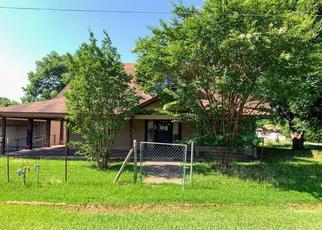 Foreclosed Home in Savoy 75479 W EDWARDS ST - Property ID: 4500725627