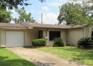 Foreclosed Home in Pasadena 77503 DEL MONTE DR - Property ID: 4500728690