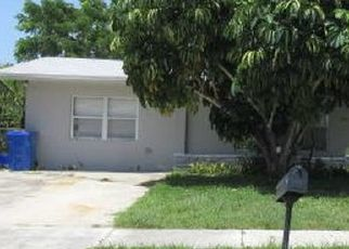 Foreclosed Home in Lake Worth 33462 W MANGO ST - Property ID: 4500761541