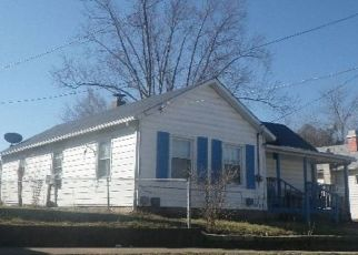 Foreclosed Home in Crystal City 63019 BROADWAY AVE - Property ID: 4500787823