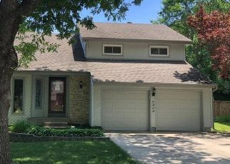 Foreclosed Home in Lenexa 66219 TWILIGHT LN - Property ID: 4500814534