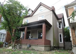 Foreclosed Home in Pittsburgh 15221 CENTER ST - Property ID: 4500891620