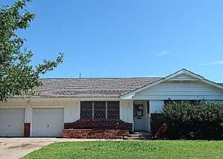 Foreclosed Home in Oklahoma City 73112 EASTMAN DR - Property ID: 4500900371