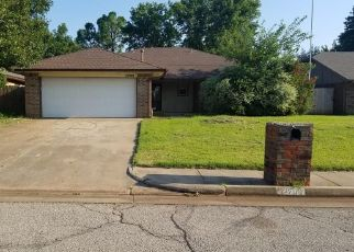 Foreclosed Home in Edmond 73012 SUMMERFIELD DR - Property ID: 4500903893