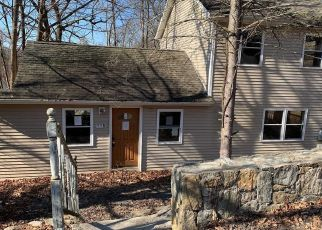 Foreclosed Home in Carmel 10512 PUTNAM DR - Property ID: 4500921842