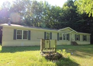 Foreclosed Home in Cleveland 13042 MARTIN RD - Property ID: 4500953814