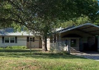 Foreclosed Home in Shawnee 74804 GARRETTS LAKE RD - Property ID: 4501024767