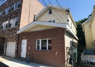 Foreclosed Home in Brooklyn 11207 WARWICK ST - Property ID: 4501031324