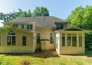 Foreclosed Home in Manassas 20111 BENT TREE LN - Property ID: 4501068561