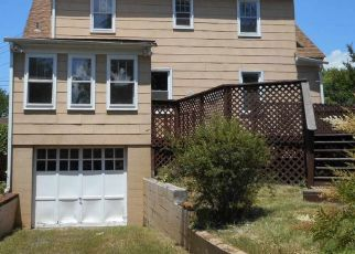 Foreclosed Home in Broadway 22815 3RD ST - Property ID: 4501087393