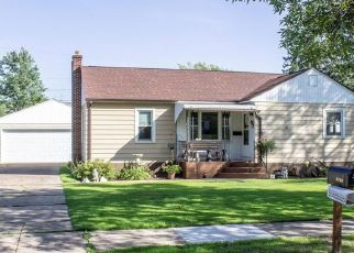 Foreclosed Home in Eau Claire 54703 ROBIN RD - Property ID: 4501127688