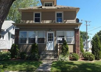 Foreclosed Home in Racine 53402 SUPERIOR ST - Property ID: 4501131630