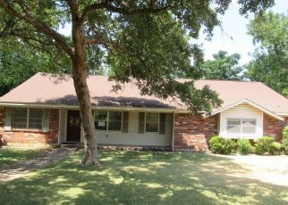 Foreclosed Home in Woodway 76712 CIRCLEWOOD DR - Property ID: 4501149585