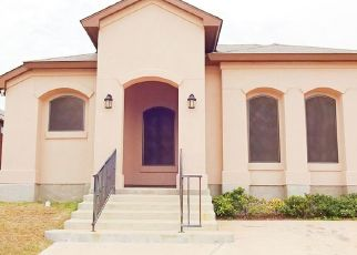 Foreclosed Home in Laredo 78046 GREGORIO LERMA DR - Property ID: 4501166219