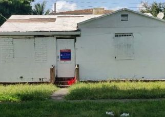 Foreclosed Home in Miami 33142 NW 40TH ST - Property ID: 4501240236