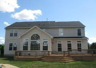 Foreclosed Home in Grand Island 14072 JAMESTOWN RD - Property ID: 4501310314