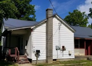 Foreclosed Home in Imlay City 48444 W 2ND ST - Property ID: 4501370772