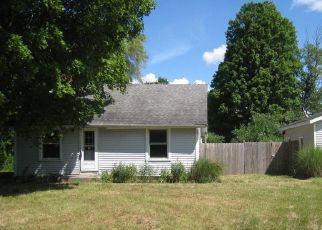 Foreclosed Home in Fruitport 49415 E STERNBERG RD - Property ID: 4501377776